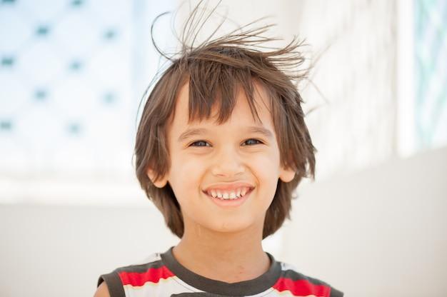 Portret van modeljongen Premium Foto