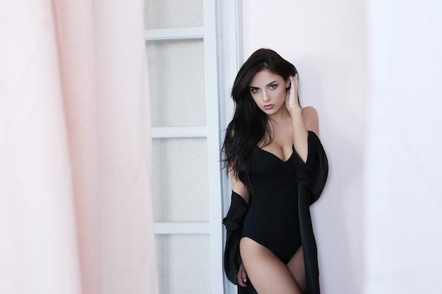 Portret van mooie vrouw Gratis Foto