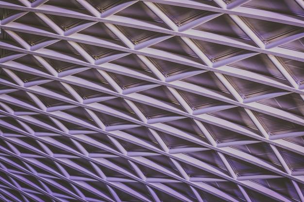 Prachtig plafondwerk dat een interessant patroon vormt Gratis Foto