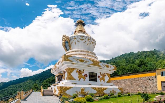 Prachtige boeddha tempel stupa in kathmandu, nepal. Premium Foto