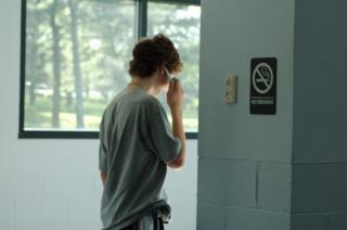 Praten aan de telefoon, punk Gratis Foto