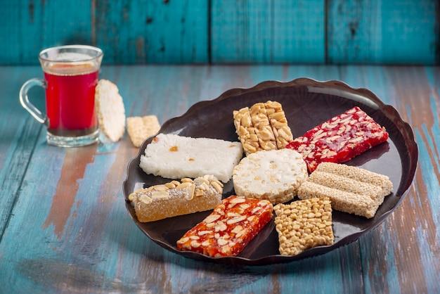 Profeet mohammed verjaardag viering desserts Premium Foto
