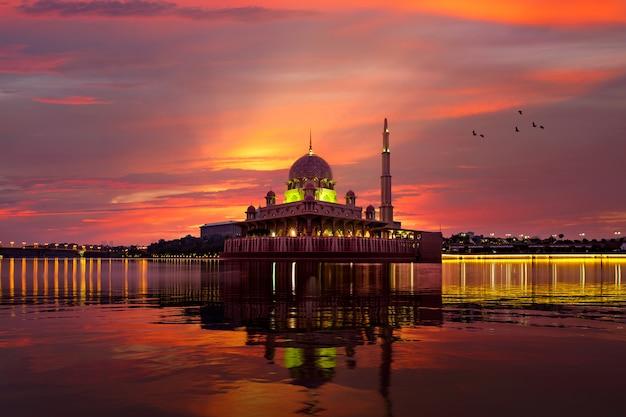 Putra-moskee Premium Foto