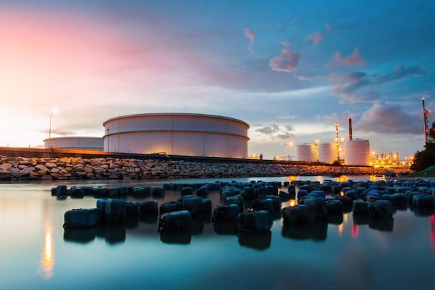 Raffinaderij olie- en gasindustrie Premium Foto