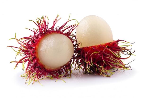 Rambutan zoet fruit geïsoleerd Premium Foto