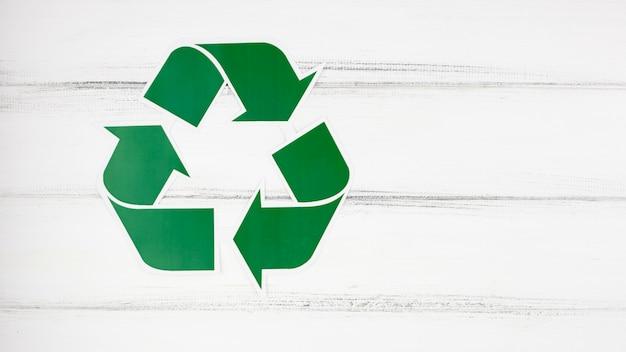 Recycleer teken en copyspace Premium Foto