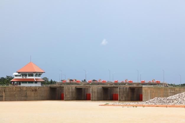 Reservoir en dam Premium Foto