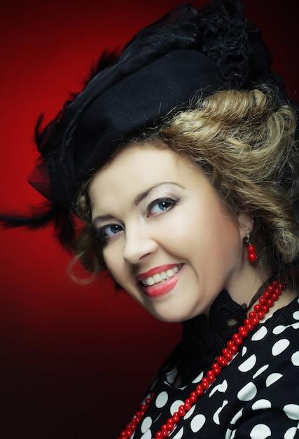 Retro portret van de vrouw. vintage-stijl. Premium Foto
