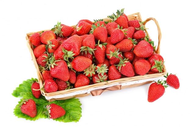 Rijpe sappige aardbeien Premium Foto