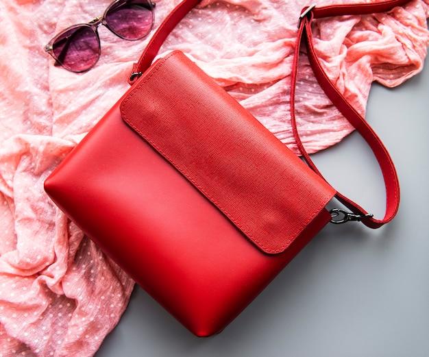 Rode leren dames tas Premium Foto