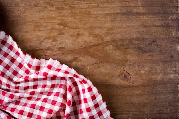 Rode lijstdoek op houten lijst Premium Foto
