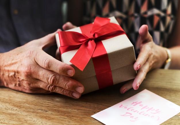 Romantische Liefde Valentine Verjaardag Verrassing Foto Gratis