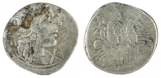 Romeinse republiek munt. oude romeinse zilveren denarius van de familie minucia. Premium Foto