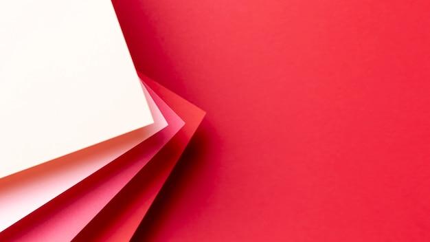 Rood tintenpatroon met exemplaarruimte Gratis Foto