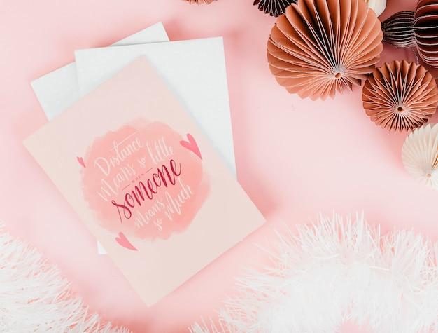 Roze en romantische valentines kaarten Gratis Foto