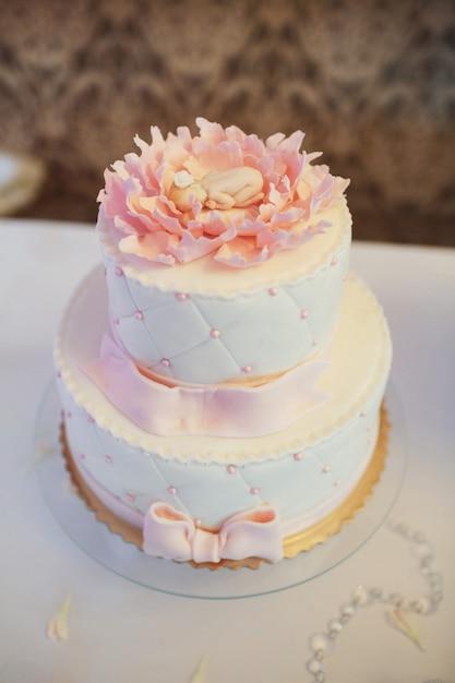 roze moe taart versierd met roze glazuur foto gratis download. Black Bedroom Furniture Sets. Home Design Ideas
