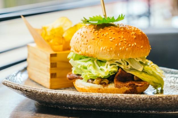 Rundvlees hamburger Gratis Foto