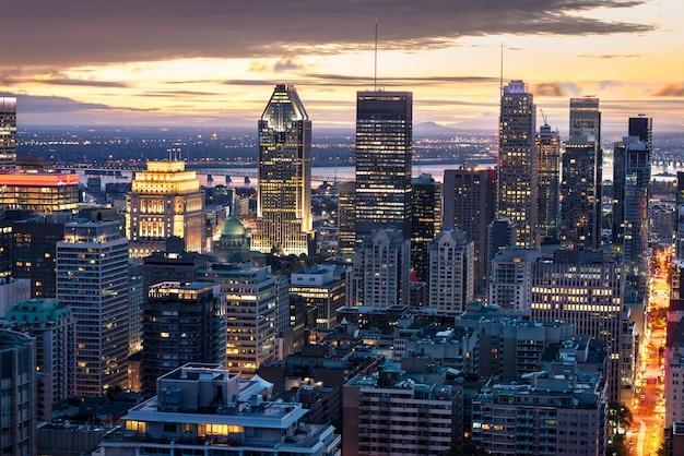 's nachts de horizon van montreal Premium Foto