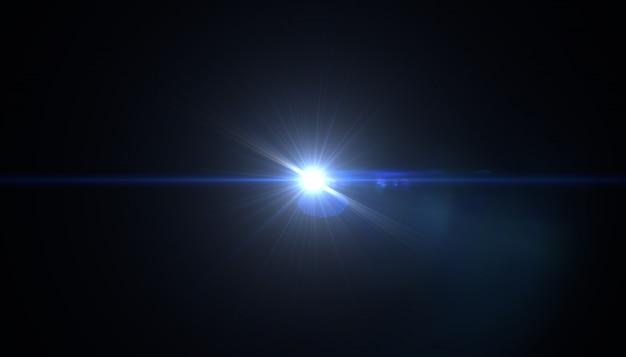 Samenvatting van de zon met flare. natuurlijke achtergrond met verlichting en zonneschijn Premium Foto