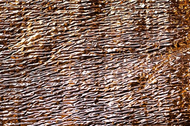 Samenvatting wazig holografische iriserende zeemeermin folie textuur achtergrond. futuristische neon trendy zilveren kleuren Premium Foto