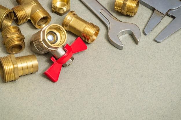 Sanitair materialen kraan, gereedschappen en hulpstukken Premium Foto