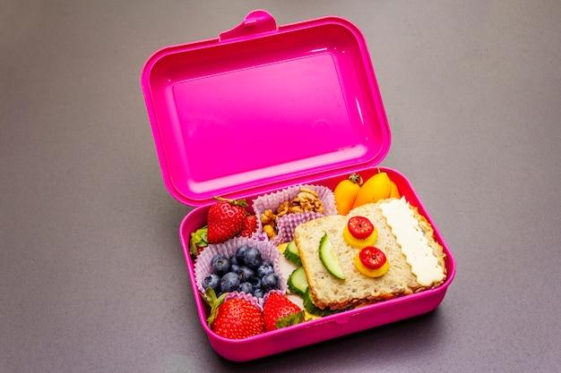 School lunchbox Premium Foto