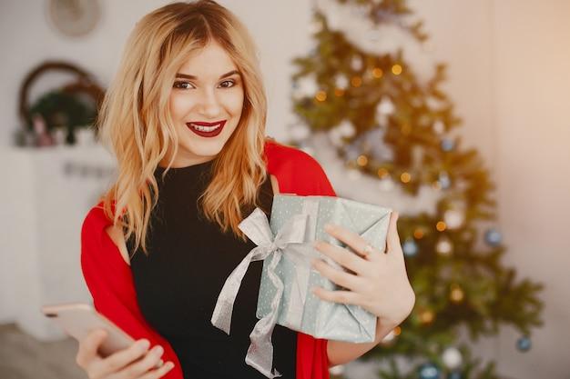 Schoonheid kerstmis meisje Gratis Foto