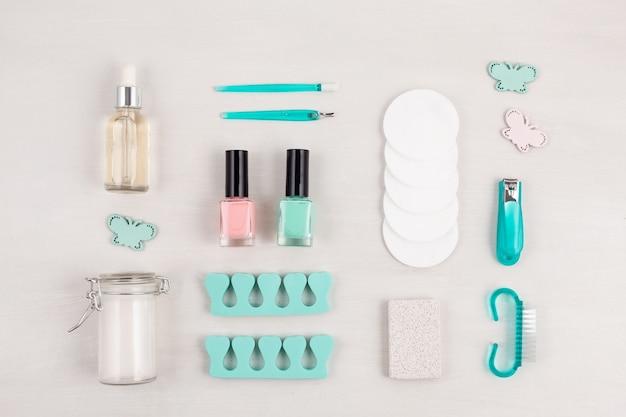 Schoonheidsproducten voor manicure, pedicure Premium Foto