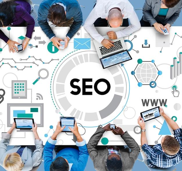 Search engine optimizing seo browsing concept Gratis Foto