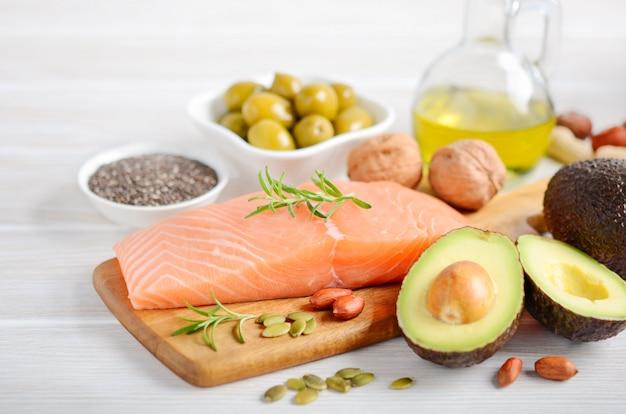 Selectie van gezonde onverzadigde vetten, omega 3 Premium Foto