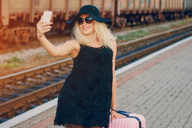 Selfie beauty fashion station mooi Gratis Foto