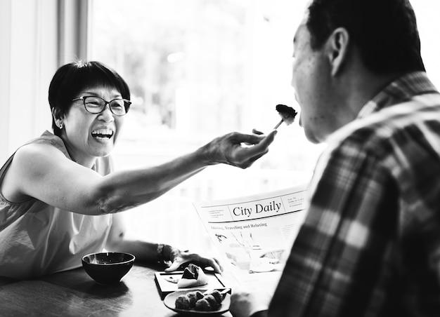 Senior aziatische paar dating Gratis Foto