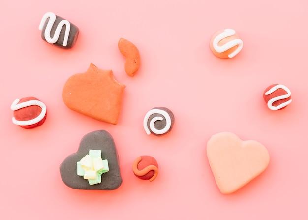 Set van cookies in de vorm van harten Gratis Foto