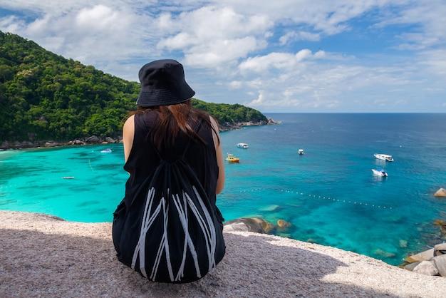 Similan-eilanden, provincie phang nga prachtige zee in het zuiden van thailand, Premium Foto