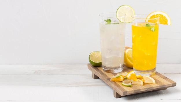 Sinaasappel en citroendrank Gratis Foto