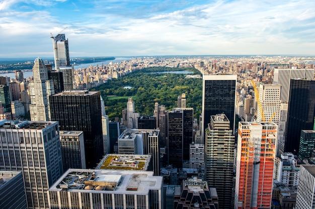 Skyline op central park Premium Foto