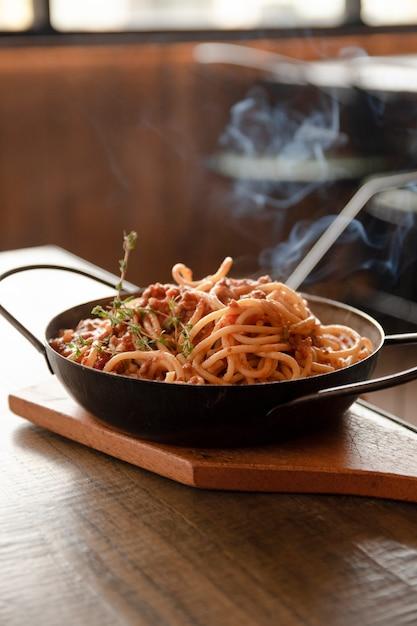 Sluit omhoog spaghettischotel Gratis Foto