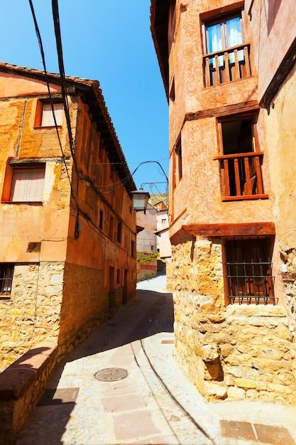 Smalle straat van de oude stad Gratis Foto