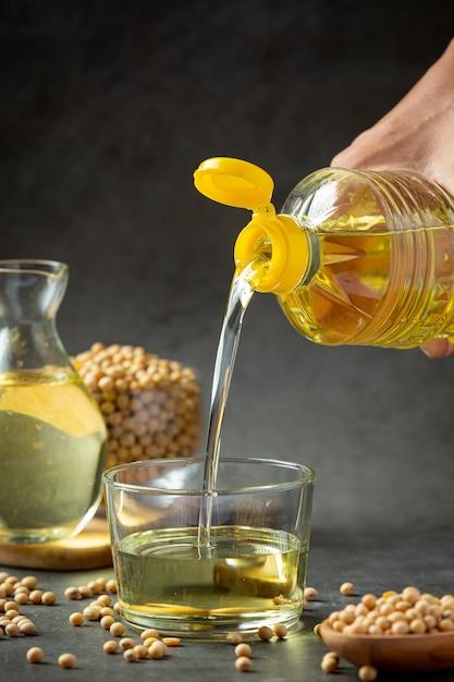 Sojaolie sojabonenvoedsel en drankproducten voedselvoeding concept. Gratis Foto