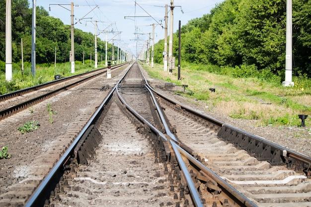 Spoorwegwissel op een station Premium Foto