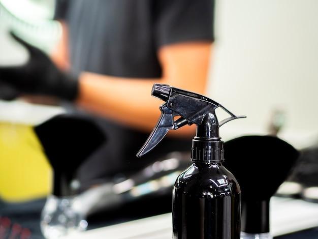 Spray fles in een kapper Gratis Foto