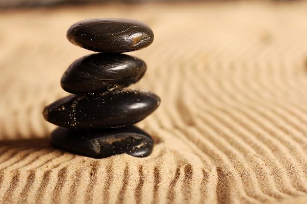 Stenen op het zand Gratis Foto