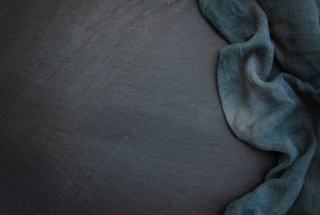 Stenen tafel met handdoek Premium Foto
