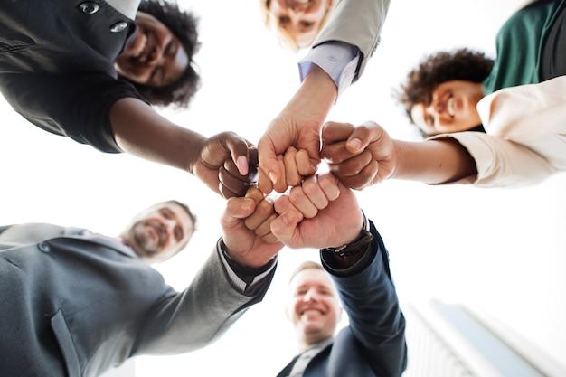 Succesvol en gelukkig commercieel team Gratis Foto