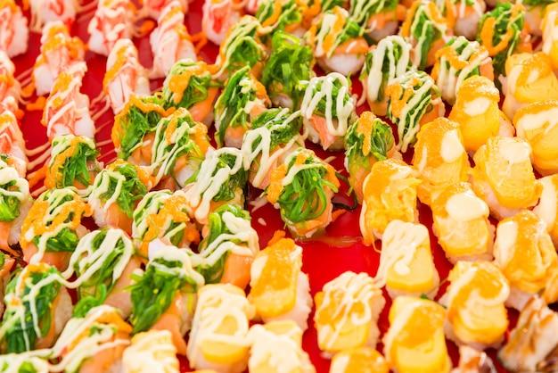 Sushi op de markt Premium Foto