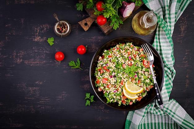 Tabouleh salade Premium Foto