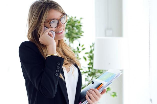 Telefoon vrouw mensen mooi planning Gratis Foto