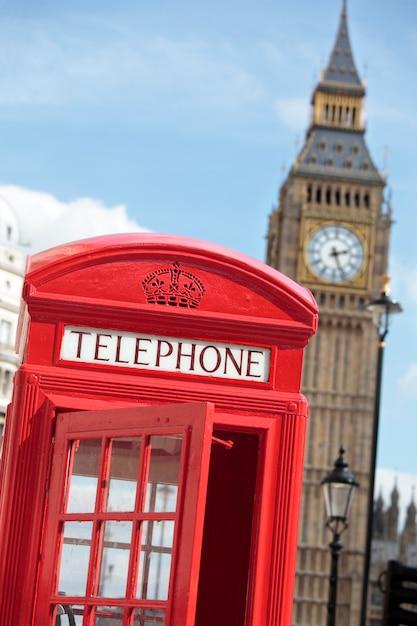 Telefooncel met big ben Premium Foto