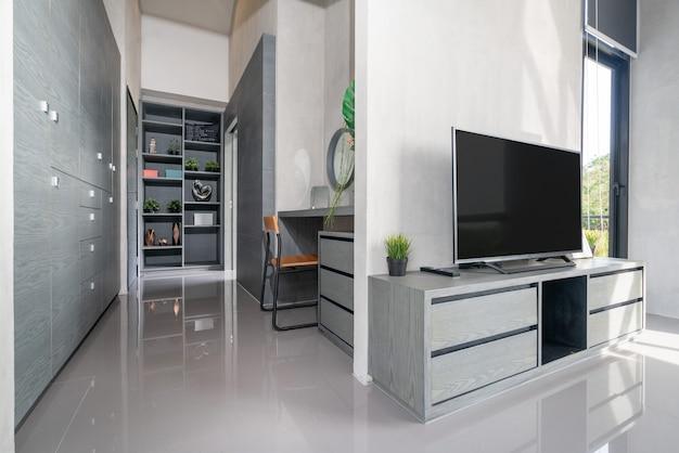 Televisie van het huis in de woonkamer Premium Foto