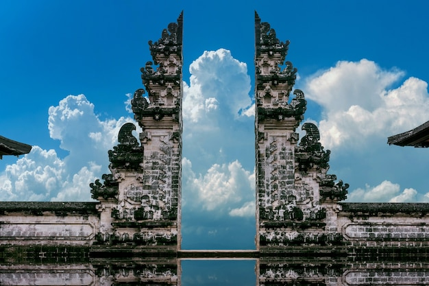 Tempelpoorten bij lempuyang luhur-tempel in bali, indonesië Gratis Foto